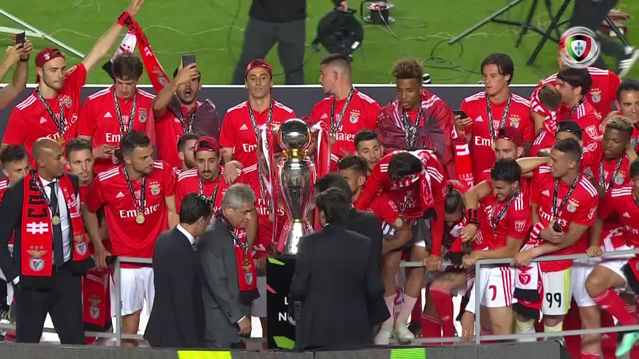 Entrega troféu campeão SL Benfica 2018/2019