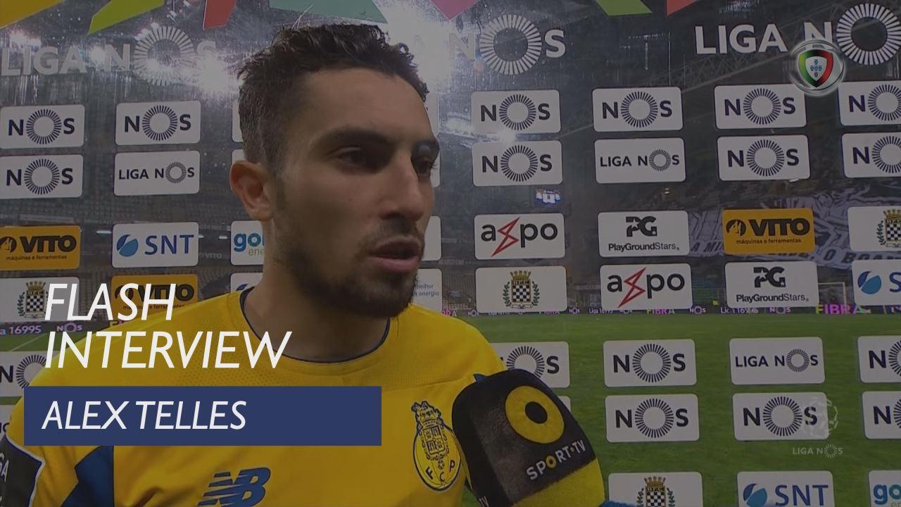 Liga (11ª): Flash Interview Alex Telles