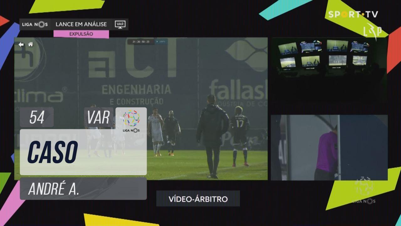 Vitória SC, Caso, André A. aos 54'
