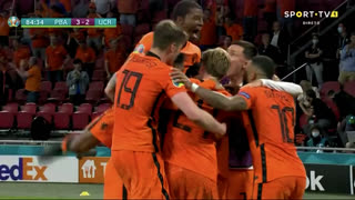 GOLO! Países Baixos, D. Dumfries aos 85', Países Baixos 3-2 Ucrânia