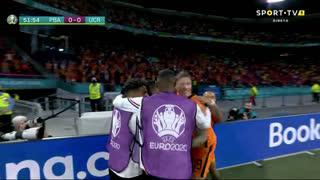 GOLO! Países Baixos, G. Wijnaldum aos 52', Países Baixos 1-0 Ucrânia