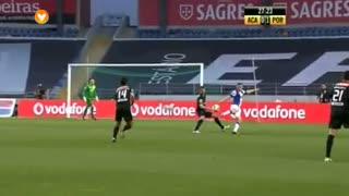 FC Porto, Jogada, Jackson Martínez aos 27'