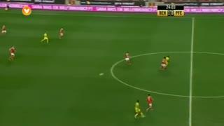 SL Benfica, Jogada, Maxi Pereira aos 24'