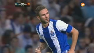 FC Porto, Jogada, M. Layún aos 40'