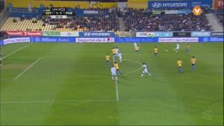 FC Porto, Jogada, Maxi Pereira aos 27'
