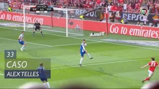FC Porto, Caso, Alex Telles aos 33'