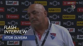 Vítor Oliveira confirma saída no final da época