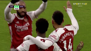 GOLO! Arsenal, B. Saka aos 60', Arsenal 2-0 Newcastle