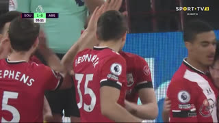 GOLO! Southampton, S. Armstrong aos 3', Southampton 1-0 Arsenal