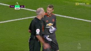 GOLO! Crystal Palace, W. Zaha aos 74', Man. United 0-2 Crystal Palace