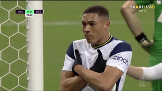 GOLO! Tottenham, Vinícius aos 29', Aston Villa 0-1 Tottenham