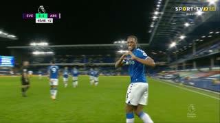 GOLO! Everton, Y. Mina aos 45', Everton 2-1 Arsenal