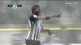 GOLO! Newcastle, A. Saint-Maximin aos 14', Newcastle 1-0 Burnley