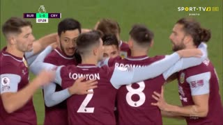 GOLO! Burnley, C. Wood aos 8', Burnley 1-0 Crystal Palace