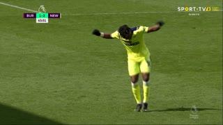 GOLO! Newcastle, A. Saint-Maximin aos 64', Burnley 1-2 Newcastle