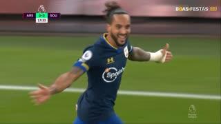 GOLO! Southampton, T. Walcott aos 18', Arsenal 0-1 Southampton