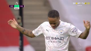 GOLO! Man. City, R. Sterling aos 2', Arsenal 0-1 Man. City