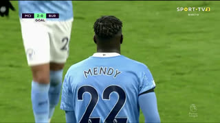 GOLO! Man. City, B. Mendy aos 41', Man. City 3-0 Burnley