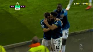 GOLO! Everton, A. Townsend aos 65', Everton 2-1 Burnley