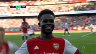 GOLO! Arsenal, B. Saka aos 34', Arsenal 3-0 Tottenham