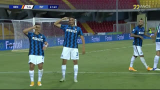 GOLO! Internazionale, A. Hakimi aos 42', Benevento 1-4 Internazionale