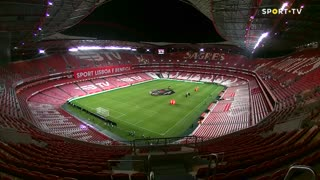 SL Benfica x Estoril Praia: Confere aqui a constituição das equipas!